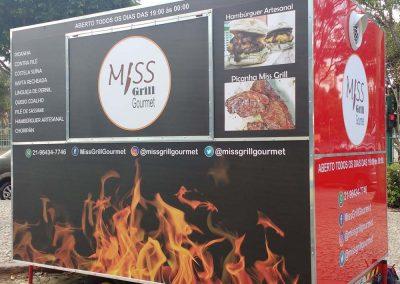 ENVELOPAMENTO FOOD TRUCK MISS GRILL (5)